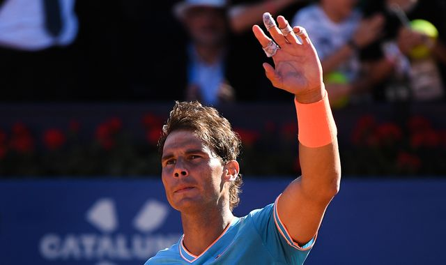 Rafael Nadal requires three sets to defeat Leonardo Mayer at Barcelona Open