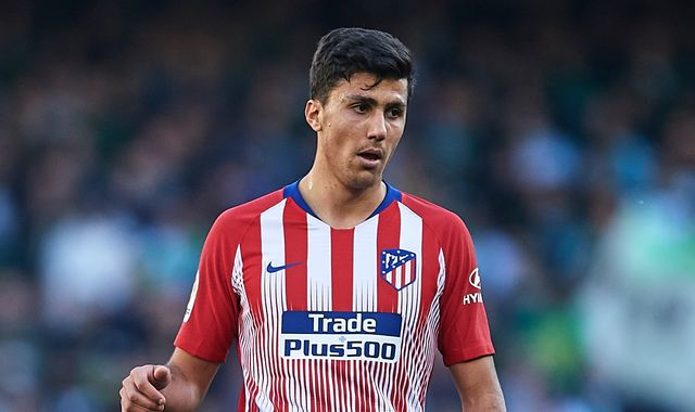 Manchester City target Rodri has told Atletico Madrid he wants to leave