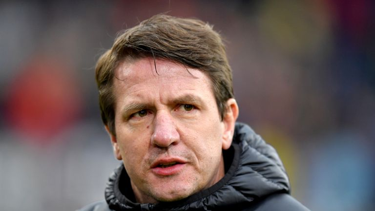 Barnsley manager Daniel Stendel reportedly received medical attention