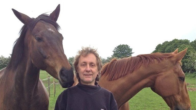 Dene went from avid racing fan to devoted race horse campaigner, and became Horse Racing Consultant for Animal Aid.
