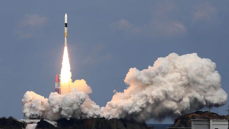 The rocket which carried Hayabusa2 launches into space