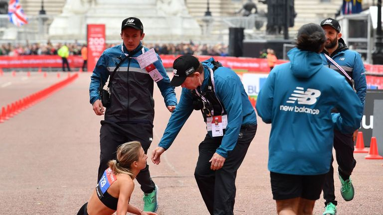 Hayley Carruthers collapses at finish line of London Marathon