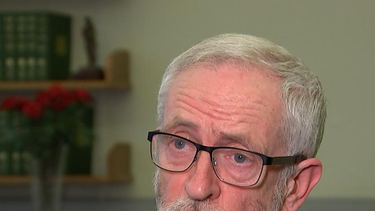 Jeremy Corbyn says he will meet with the PM to discuss Brexit