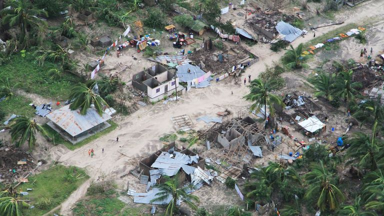 'Move to high ground!': Devastating floods to hit Mozambique
