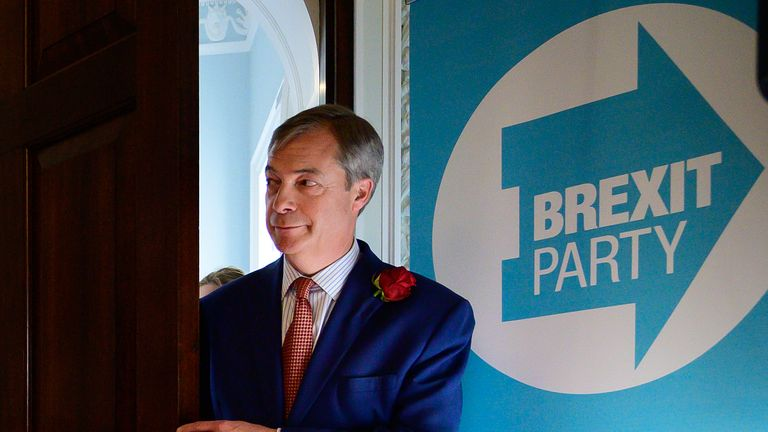 LONDON, ENGLAND - APRIL 23: Brexit Party leader Nigel Farage prepares to speak to journalists and supporters as the party announces the latest candidates for the possible British involvement in the upcoming EU elections, on April 23, 2019 in London, England. With the Brexit deadline extended up to October 31, 2019, there is a high probability that Britain will take part in the European Union elections, despite the country voting to leave the EU in June 2016. (Photo by Leon Neal/Getty Images)
