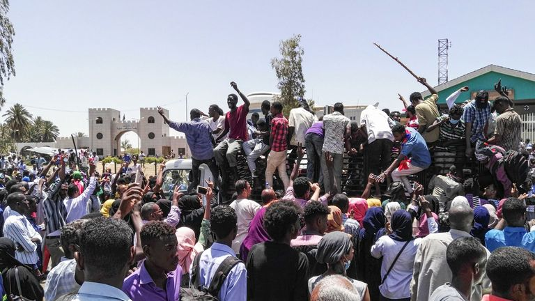 Demonstrators have gathered outside the country's military headquarters in the capital Khartoum