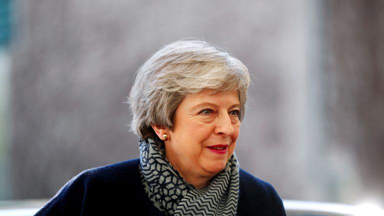 Theresa May facing prospect of longer Brexit delay at EU summit