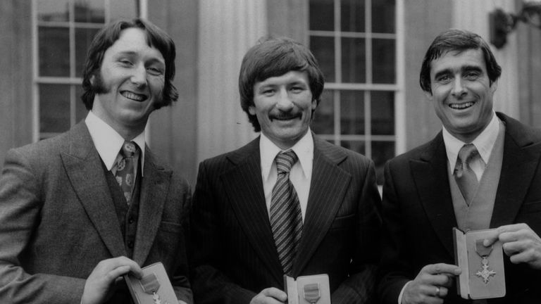 Tommy Smith after collecting his OBE in 1977, with JPR Williams and Roger Taylor