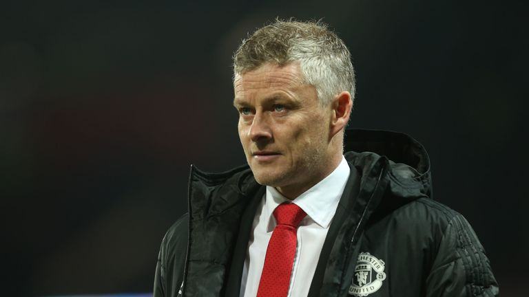 Man Utd struggles will help Ole Gunnar Solskjaer, says Gary Neville | Football News |