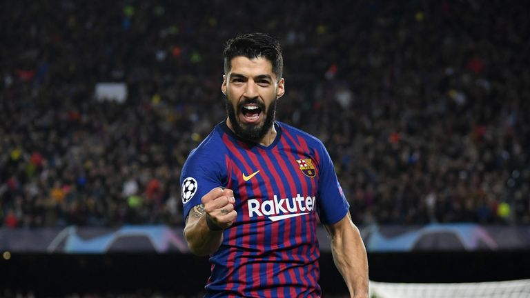 Former Liverpool striker Luis Suarez should get a hostile reception at Anfield in the Champions League semi-final second leg, according to Sky Sports' Phil Thompson