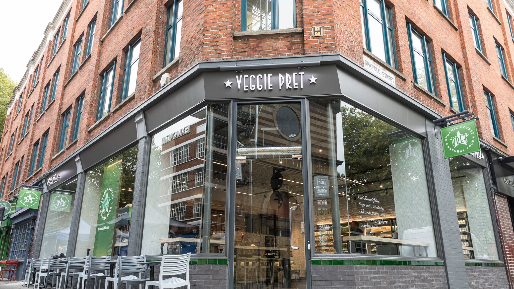 Pret a Manger to buy and convert Eat stores into vegetarian outlets