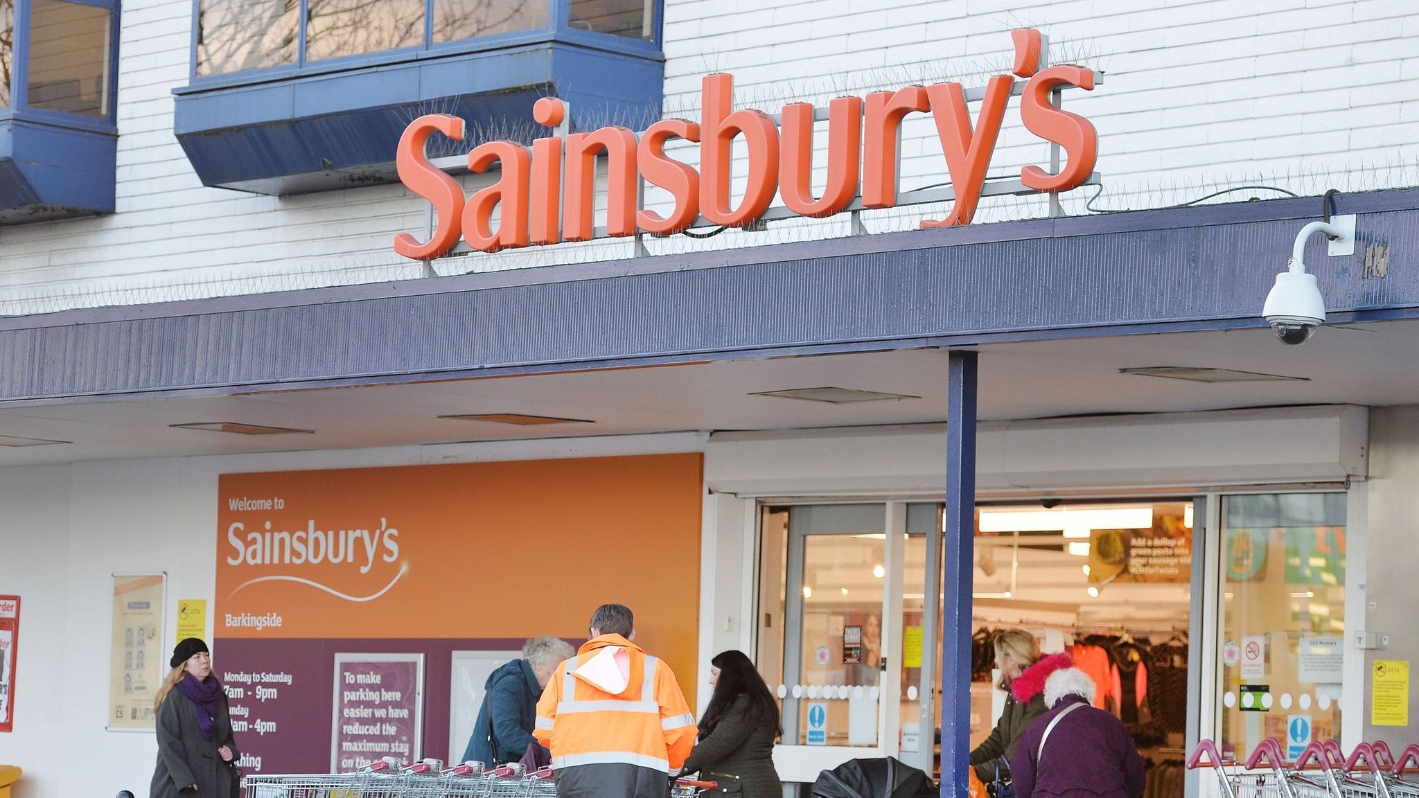 Sainsbury's and Argos store shake-up in £500m cost-cutting plan