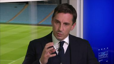 Neville: It's a shambles at Man Utd