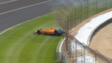 Alonso walks away from big crash