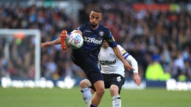 Bielsa: Roofe will leave Leeds