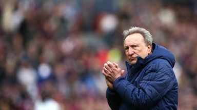 Warnock: Man Utd have wasted money