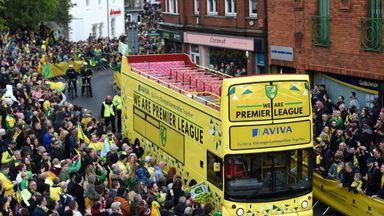 Norwich parade bus breaks down