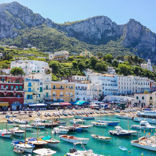 Capri bans tourists from using single-use plastics