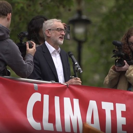 MPs vote to declare 'environment and climate emergency'