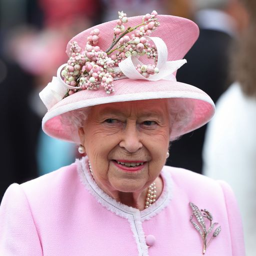 Queen approves PM request to suspend parliament