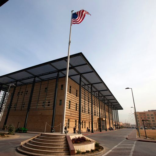 US orders embassy staff to leave Iraq immediately