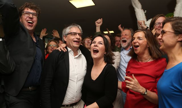 European elections: Greens and far-right gain ground as traditional centre fragments