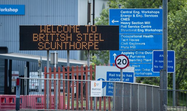 Bidders given days to table 'final' rescue offers for British Steel