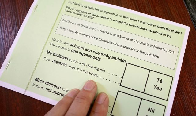 Ireland divorce law: Voters overwhelmingly back liberalising rules