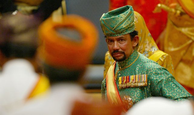 Sultan of Brunei returns Oxford degree after backlash to anti-gay laws