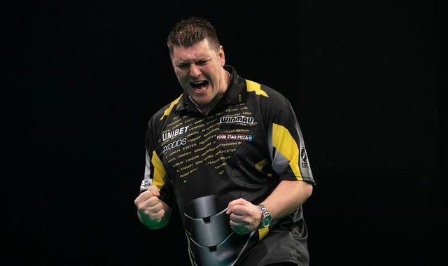 Daryl Gurney and James Wade reach Premier League Darts Play-Offs