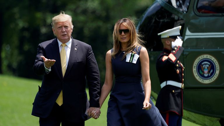 U.S President Donald Trump and first lady Melania Trump return from their trip to Japan to the White House in Washington, U.S., May 28, 2019.  REUTERS/Kevin Lamarque