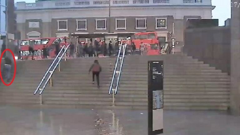 Sara Zelenak walking up the steps in front of One London Bridge. Pic: Met Police