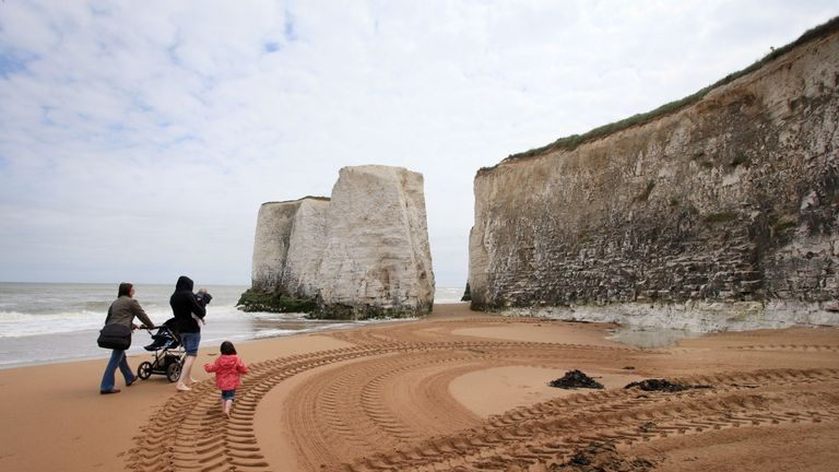 Botany Bay beach, South East England has been awarded a Blue Flag award by Keep Britain Tidy.