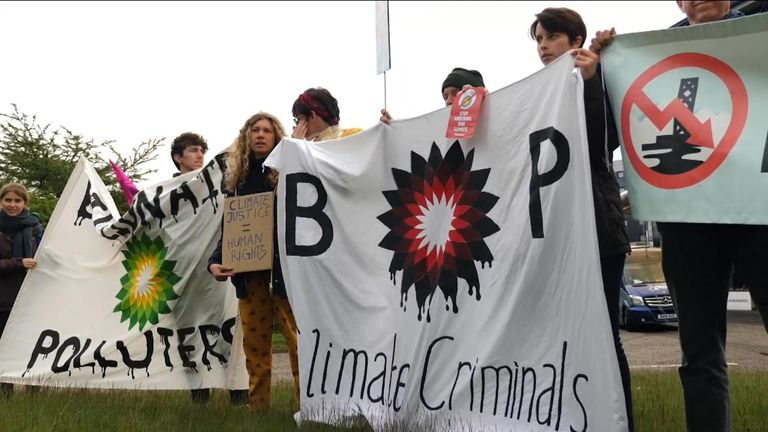 Protest at BP AGM in Aberdeen 21/5/2019