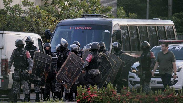Brazilian riot police prepare to invade the Puraquequara Prison facility in Manaus, Amazonas