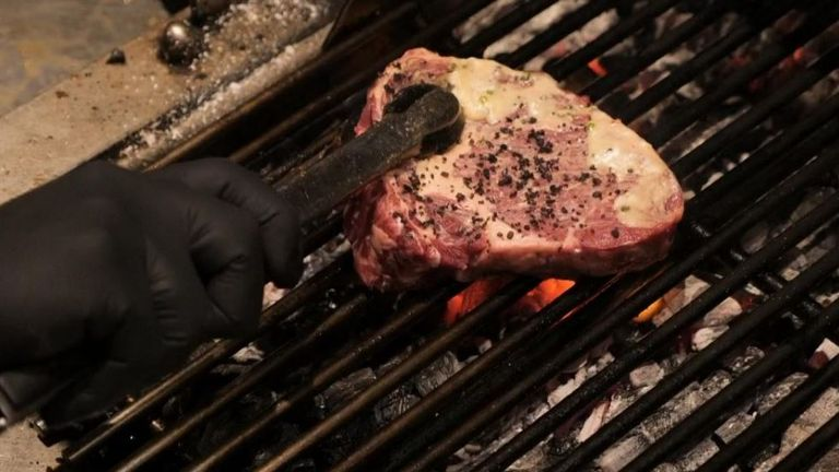 It is claimed a 20% reduction in red meat consumption would cut greenhouse gases by around 6 million tonnes a year