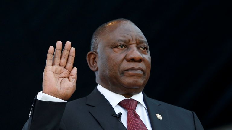 Cyril Ramaphosa takes the oath of office