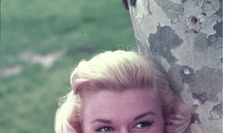 Doris Day, 60s film star, dies aged 97