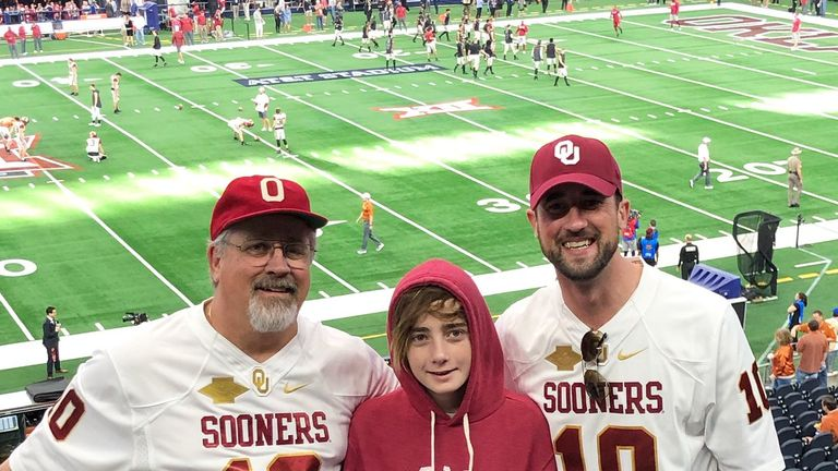 Austin Eubanks shared a picture with his father and son in December