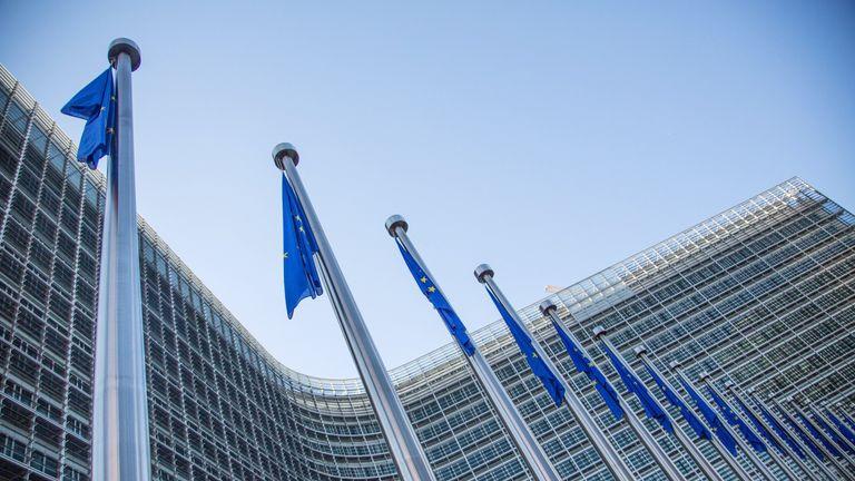 No deal default looms in EU-Switzerland trade row