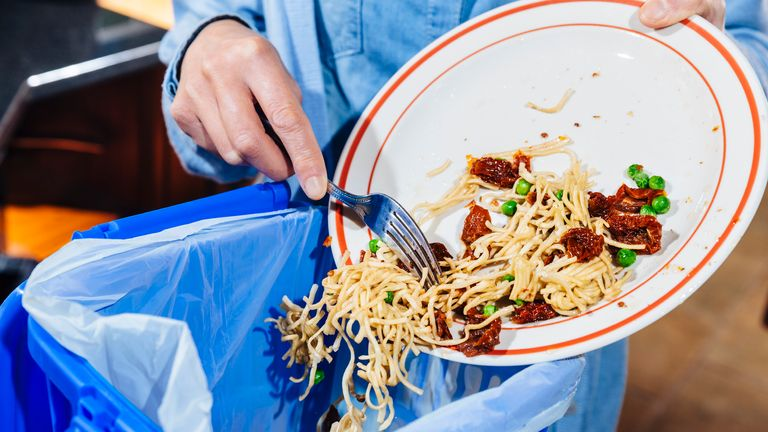 Efforts to reduce food waste need to be stepped up, the government says