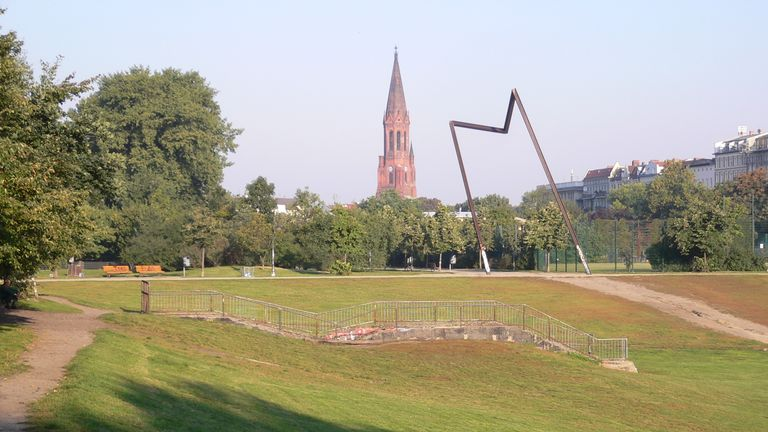 The park is located in a trendy part of Berlin. Pic: Wikimedia Commons