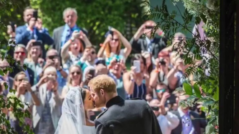 Harry and Meghan kiss in front of royal fans in Windsor. Pic: Chris Allerton/ @SussexRoyal