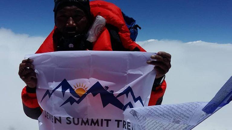 Kami Rita's successful 22nd summit. Pic: Instagram/@kamiritasherpa