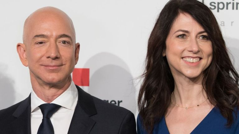 MacKenzie Bezos finalised her divorce from Jeff Bezos in April 2019