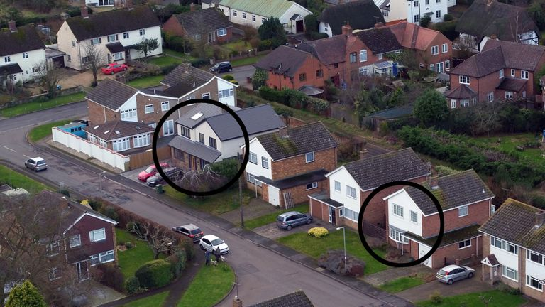 Peter Farquhar's home (L) and Ann Moore-Mitchell's home (R) were three doors away from each other