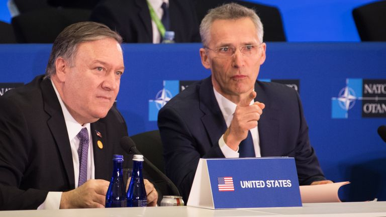 US Secretary of State Mike Pompeo (L) and NATO Secretary General Jens Stoltenberg