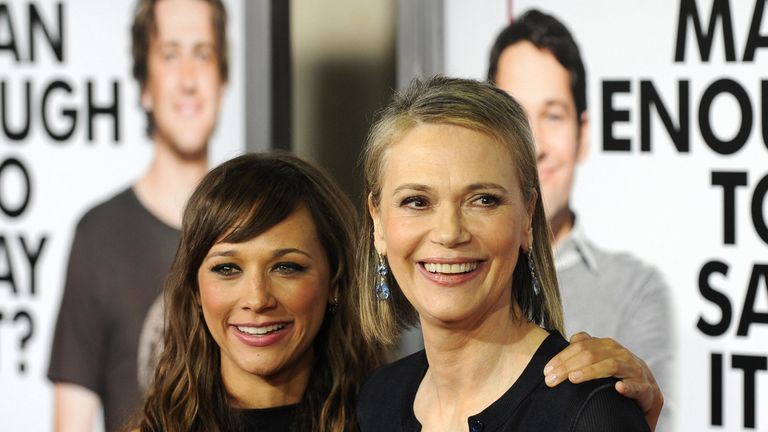 Peggy Lipton with daughter Rashida Jones, who stars in Parks and Recreation