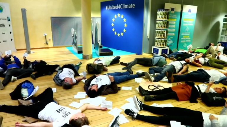 Extinction Rebellion stage 'die in' at European Commission