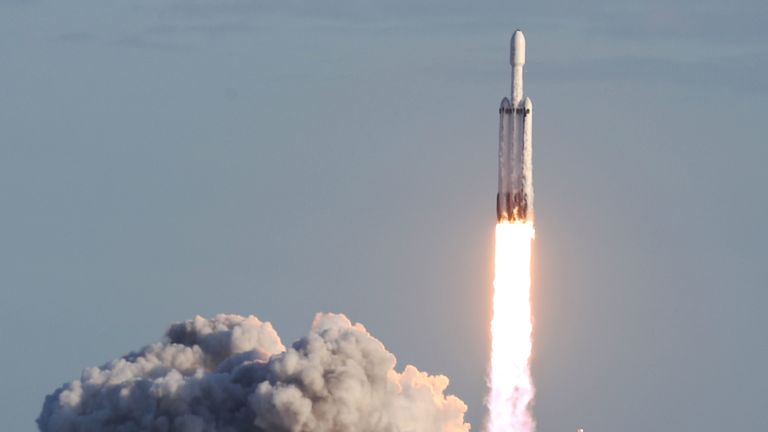TITUSVILLE, FLORIDA - APRIL 11: The SpaceX Falcon Heavy rocket lifts off from launch pad 39A at NASA's Kennedy Space Center on April 11, 2019 in Titusville, Florida. The rocket is carrying a communications satellite built by Lockheed Martin into orbit. (Photo by Joe Raedle/Getty Images)